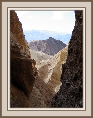 Death-Valley-Narrow-View